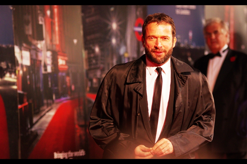 This is actor James Purefoy, who was in Resident Evil in 2002 and is not in this film. I didn't recognise him although I quite liked that movie. Another great jacket, too. (I'm sorry : once it became increasingly apparent that actress Rachel Weisz would not be attending, my mood and motivation dropped a little...)