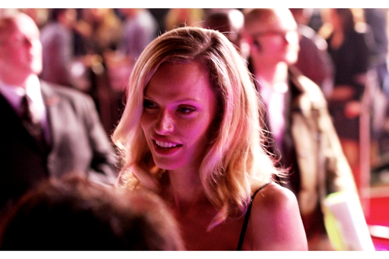 This attendee is actress Rachel Roberts, who isn't just director Andrew Niccol's wife but was also in the irritatingly-named S1M0NE and also has a role in this film.