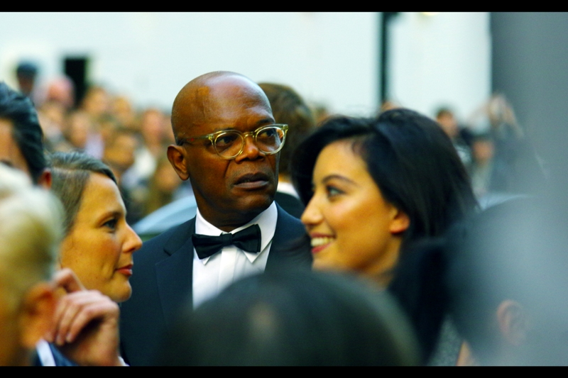 And I know who this is, too! It's the very cool Samuel L Jackson - and even though the white balance of the Pentax is acting up, the autofocus in this case is doing a spectacular job.