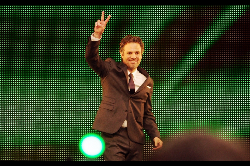 Still on the subject of peace and/or gang signs... is Mark Ruffalo, who is neither Eric Bana … nor Ed Norton … nor entirely Computer Graphics, as The Hulk / Bruce Banner.