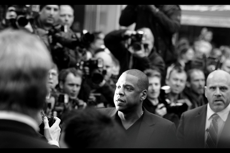 but first... randomly, because this premiere apparently hadn't *quite* gotten awesome enough, Jay-Z (and his slightly angry looking security dude) showed up.