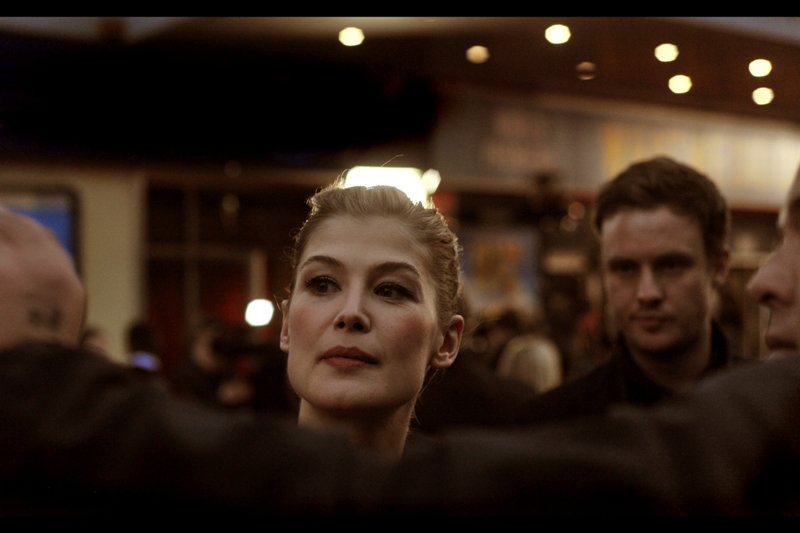 """""""No, I really DON'T want you to smile. It's your frosty, untouchable, unapproachable aura that I find most attractive"""" . And Rosamund Pike clearly appreciates your honestly in revealing that, and doesn't find it at all creepy or strange."""