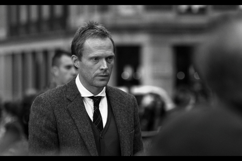 This is actor Paul Bettany, and I was all set to list his accomplishments as (a) played the Albino Priest in The Da Vinci Code (b) starred with Kirsten Dunst in Wimbledon and (c ) is married to actress Jennifer Connelly. But I've since learned that he's also the voice of Jarvis in Iron Man!!