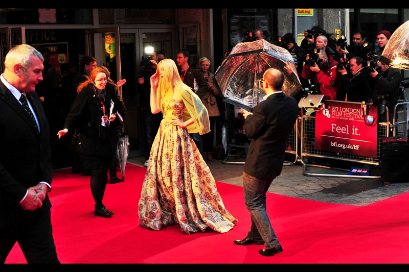 To put this photo into context, a relatively well-informed Autograph Dealer had claimed a week ago that Elle Fanning was not going to be in London for this premiere, leading me to suspect that these guys were like her Twitter friends or something. Fortunately, the guy was wrong. (Woo! Elle Fanning!).