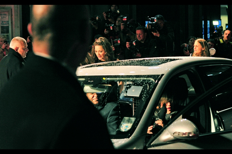 Marion Cotillard exits a car. It's not a headline, but it is a statement of fact, as is the fact that dozens of autograph dealers are smelling blood in the water. (.. and that's not a euphemism, it's a metaphor)