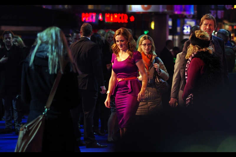 I don't know who this is, but with the white balance on the Pentax screaming with all the Angus Steak House and Pret A Manger signs, I really do like the superviolet coloured dress she's wearing.