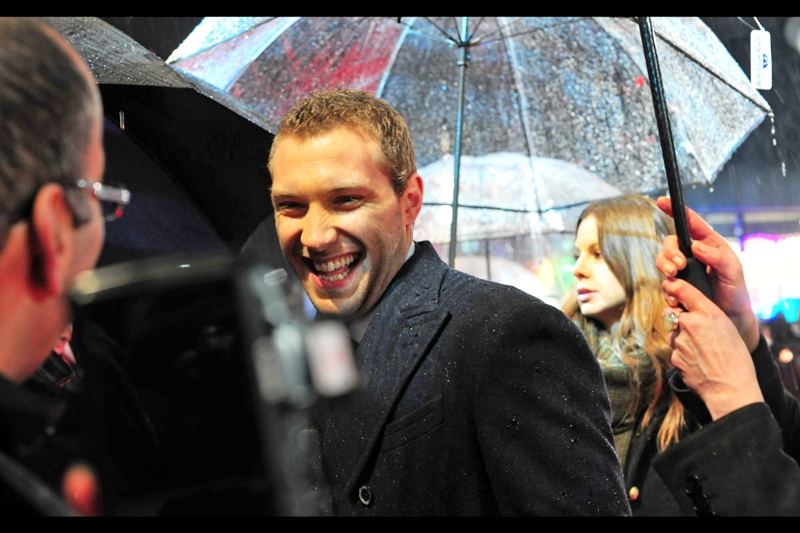 """You've never heard of 'Packed to the Rafters'? That's hilarious!""  Australia's own Jai Courtney was not merely a lead in the TV series 'Packed to the Rafters', but was also in some episodes of 'All Saints'. In contrast to most of the people at yesterday's premiere, I at least have heard of them, if not him."