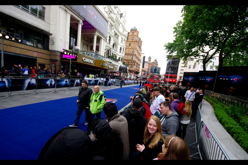 Blue Carpet. Large stage. Two cinemas. And they're predicting not just rain, but heavy rain. I can't wait... I think two of my three cameras are fairly waterproof and one of the three cameras has more than half charge remaining on the battery.