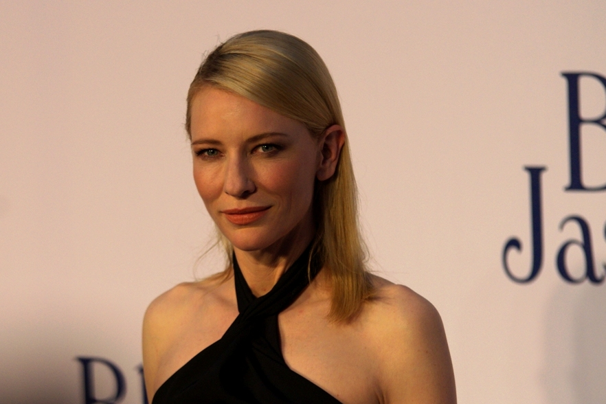 If I may be allowed to gush a bit about a fellow countrywoman, Cate Blanchett is all class. I wasn't even in the Paparazzi Pen but I got full eye contact on multiple occasions. I honestly think she looked at every photographer (and me) separately and in turn. That's pretty fantastic.