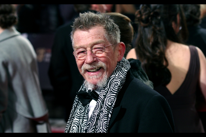 "John Hurt = Awesome. He won a special award for ""Outstanding British Contribution to Cinema"", so my view is similar to the Academy's in this field."