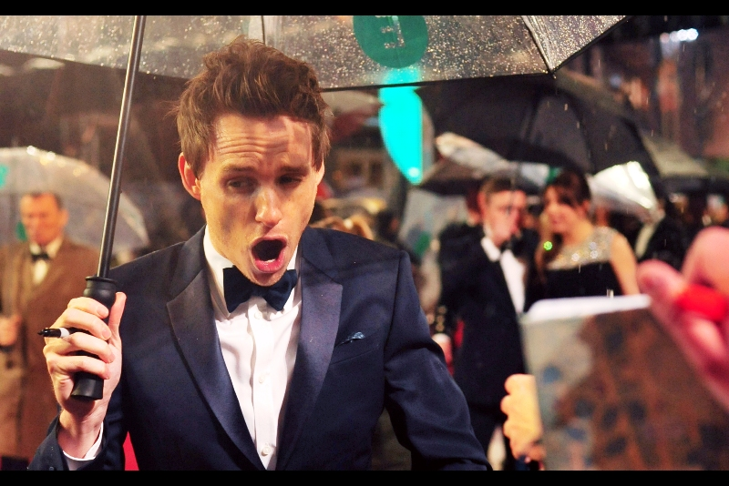 Eddie Redmayne briefly bursts into song. Or, as said, was feeling somewhat ill.