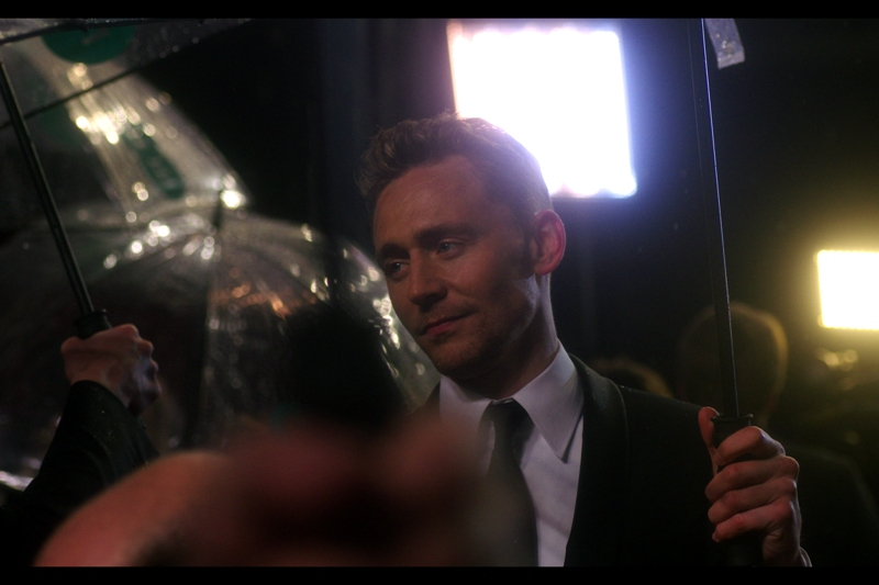 Am I REALLY going to put three Tom Hiddleston photos into a Baftas album, when he wasn't even nominated for anything this year? Ummm.. apparently.