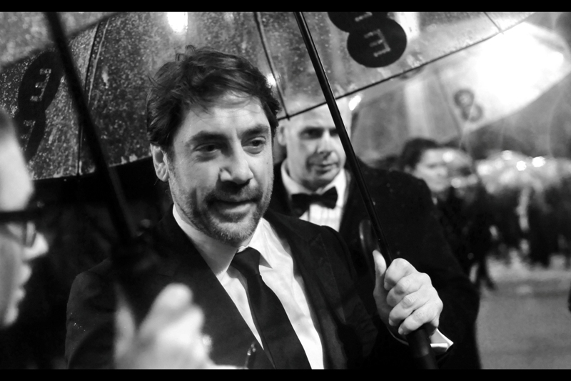 Javier Bardem dropped by briefly to be cool in our area. Much obliged.