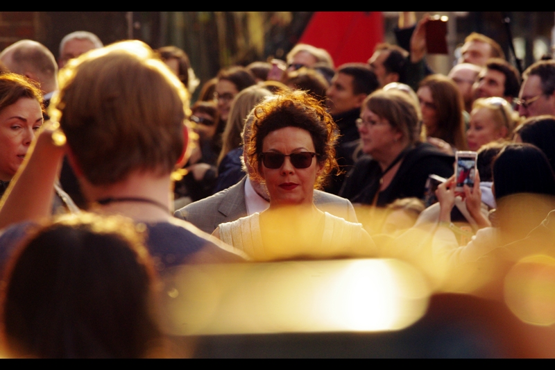 Summertime has started in England, which means effectively all premieres are now daylight premieres. This is both a good thing (more light = good), and comes with its own problems in the form of sunglare. I'm kind of stuck for anything more exciting to say. Actress Helen McCrory has arrived.