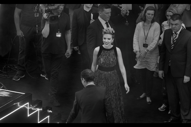 My conversion of this photo into black'n'white may or may not have anything to do with what Scarlett Johansson's dress/thing is doing to my retina and/or camera sensor and/or autofocus and/or long term vision.