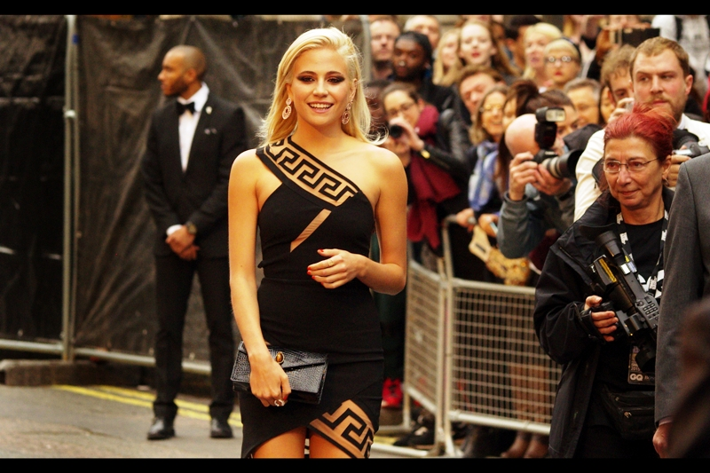 Singer Pixie Lott and I may (or may not) have made a connection as she walks directly towards me. I'm no fashion expert, but I quite like the vaguely Greek/Egyptian motif on her dress... and I'm not really looking at the dress all that much.