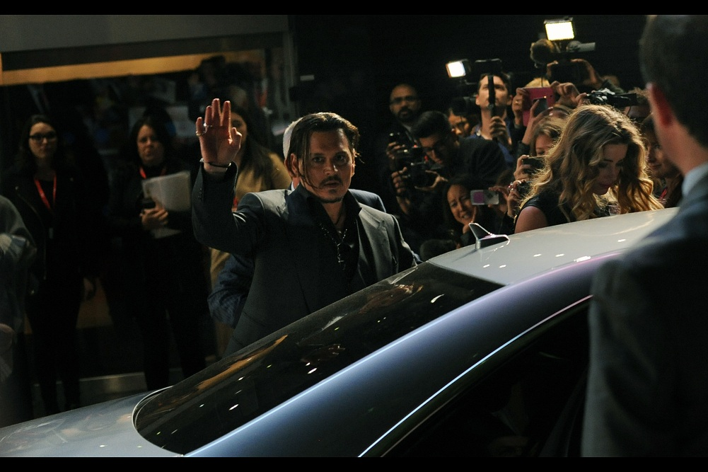 """""""Guys? Have you seen how hot Amber Heard is? That's why I'm getting into this Mercedes and not signing autographs anymore. Hope you understand"""" . I'd do the same."""
