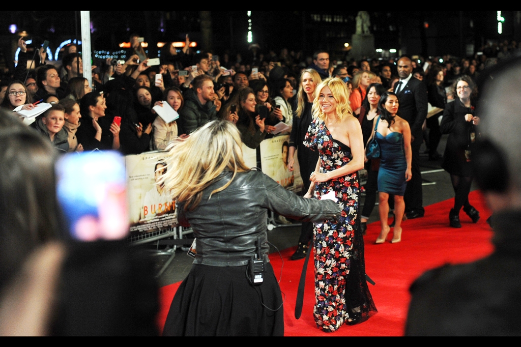 """PA :  """"Hurry! You're running late!""""  Sienna Miller :  """"The person wearing the nicest dress on the red carpet is never late"""""""