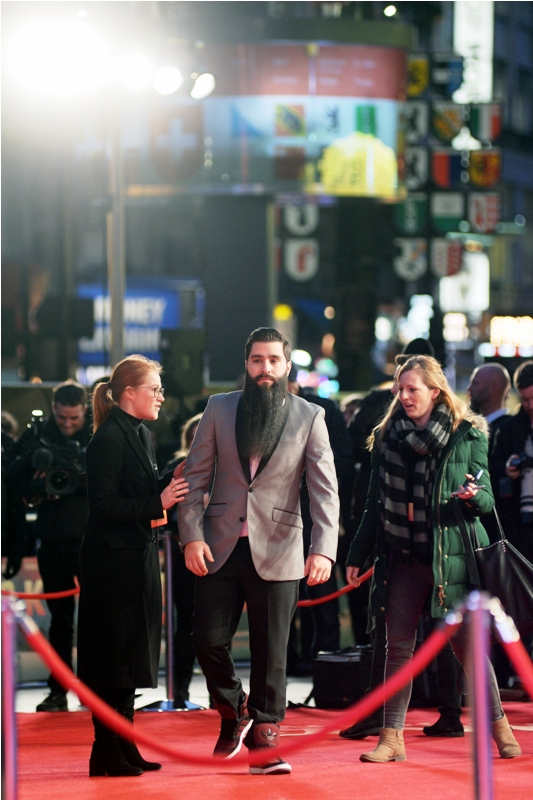 Our first arrival carries a beard the likes of which none of us in the crowd (even those that had checked imdb.com beforehand) quite knew how to grapple with. The beard's owner : director Jordan Vogt-Roberts.