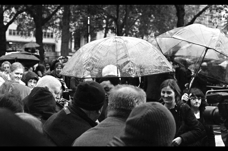 It is also raining. So far, the dim dark past of 2013 in London isn't looking too dissimilar to the dim dark present of London of today. Sidenote : the number of photos I'm drawing from to create this journal is 125, which represents proabaly 1/3 to 1/4 of the photos originally taken (and about 1/12th of the number I typically take).