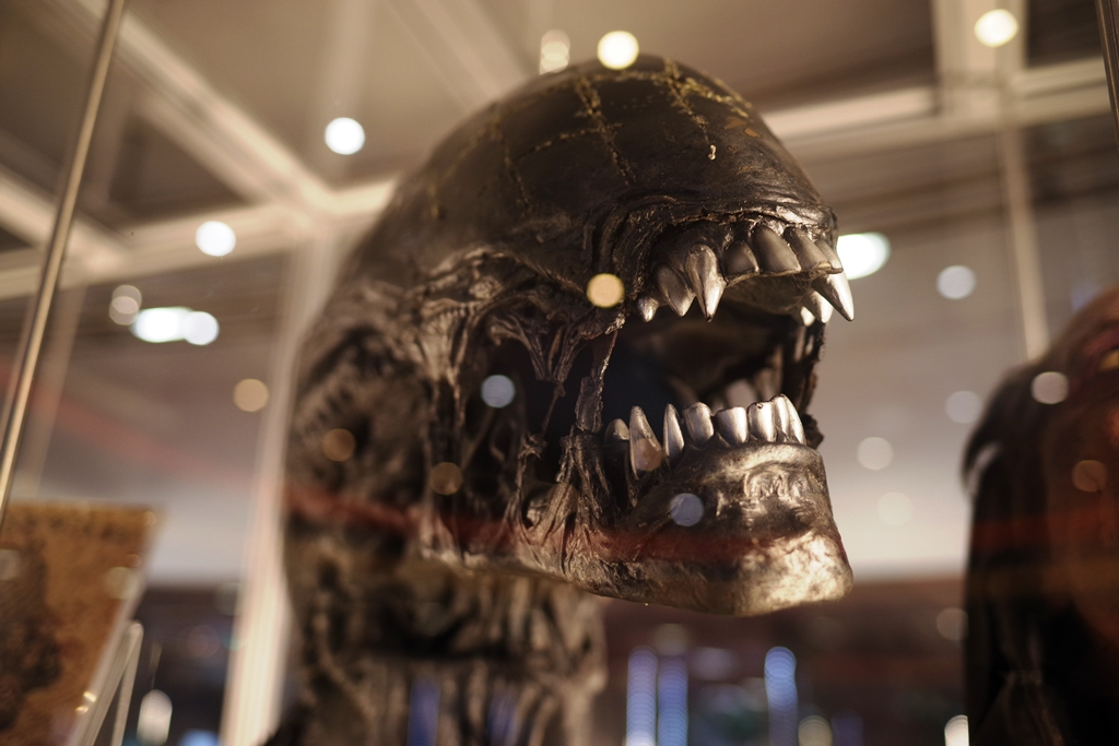 """""""Can I interest you in the words of our lord and saviour, the Android David??""""  - Xenomorph head from Aliens vs Predator.   (Winning bid for the Mission Impossible Suit £16,000)"""