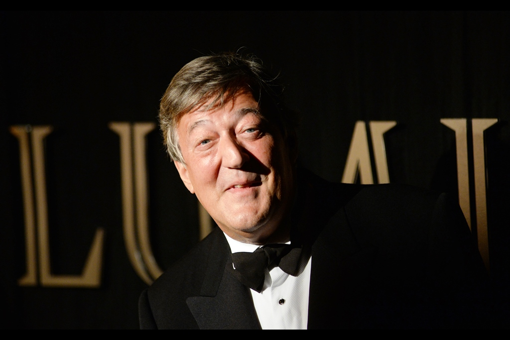Very few people can pose with that kind of lean and still make you feel like they're taking you seriously. Stephen Fry is awesome (and hopefully permanently enshrined) as the host of the Baftas each year. Plus he was in V for Vendetta, as well.