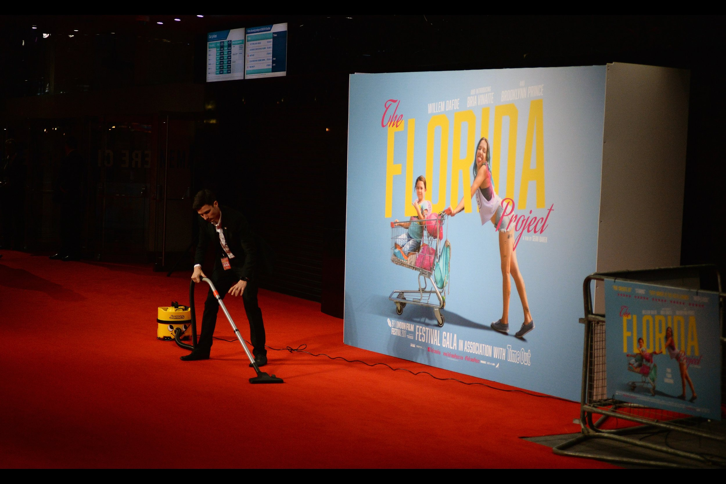 "October 13th (part II) : The Stars (minus Willem Dafoe) did eventually show up once the carpet was clean enough for the BFI LFF premiere of    ""The Florida Project""   ."