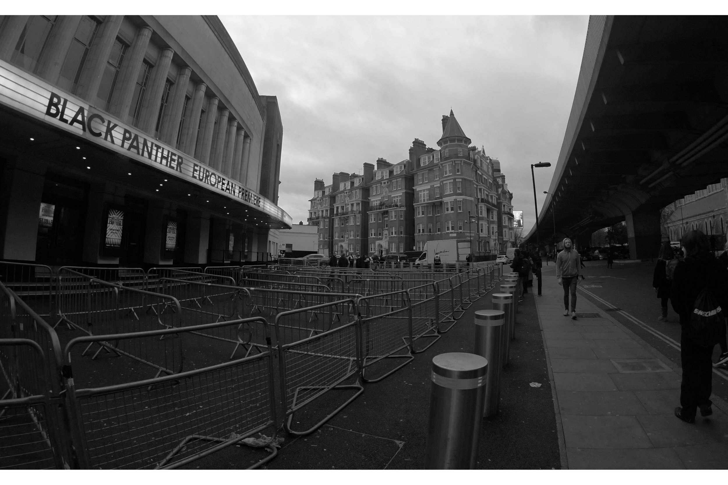 "These photos were taken at 4:30pm on the day, just hours before the ""premiere"" and these barriers are for people with tickets to see the movie to queue around. I'm not one of those. Oh, well."