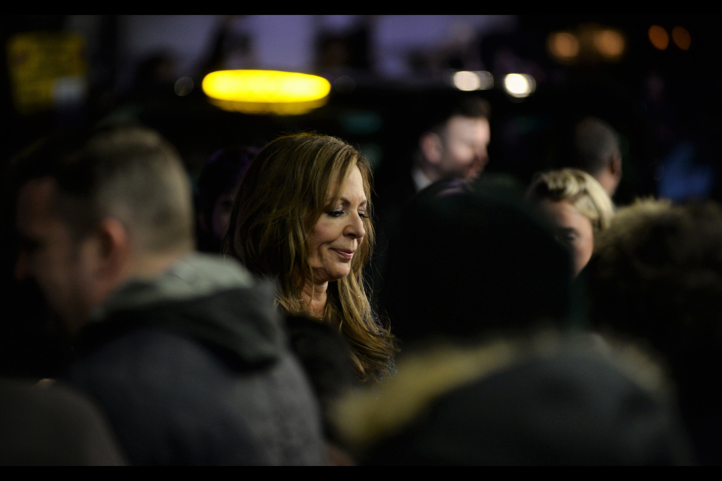 """""""Slightly off-base background light resembling a halo? I'll allow it""""  - Allison Janney, like Margot Robbie, has received an Oscar nomination for being in this movie."""