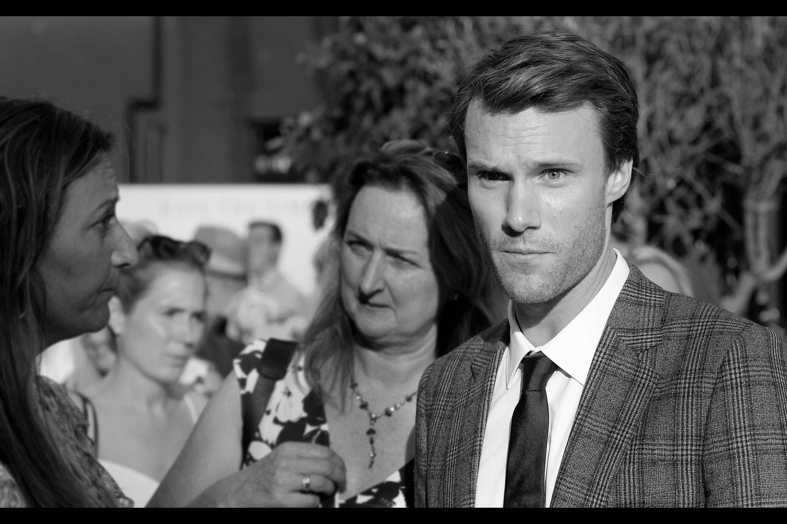 "Hugh Skinner plays ""Young Harry"" (ie. Colin Firth) in the film. Amusingly, he plays Admiral Holdo's First Officer in Star Wars The Last Jedi, but imdb.com doesn't rate that a big enough deal to put it into his Top Four roles. Heh."
