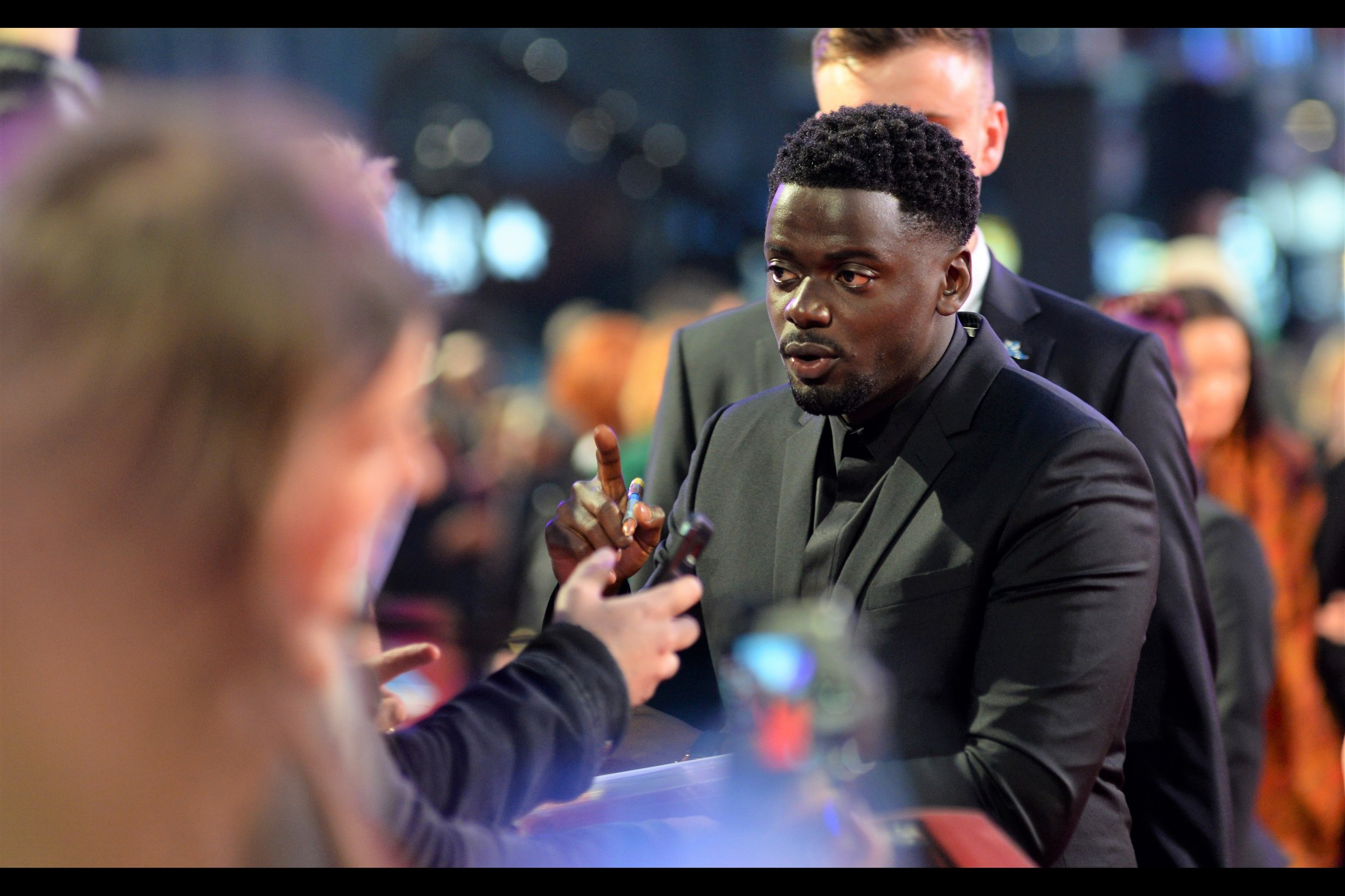 In better news, Daniel Kaluuya has elected to brave the rampant autograph dealers and their probably infinite supply of 8x10 glossy photographs.
