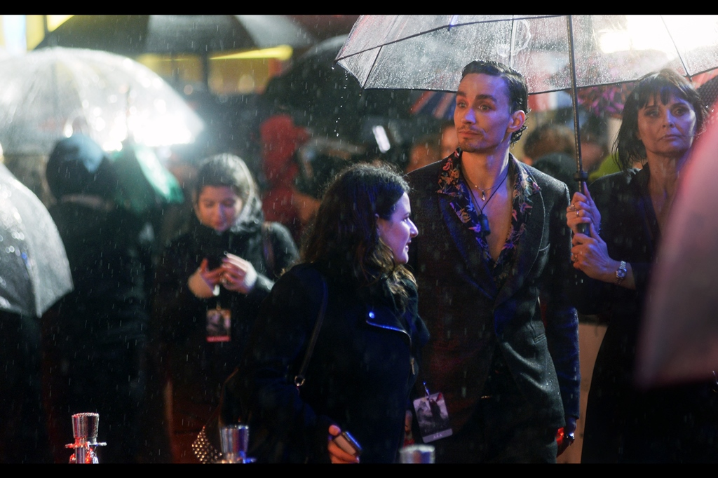 """But none of you are young girls? What on earth do I have to offer you, and why DO you want my autograph?""  - Robert Sheehan is no doubt somebody your teenage daughter of has as a poster on her wall (or… hologram on her iCube or whatever teenage girls have now)"