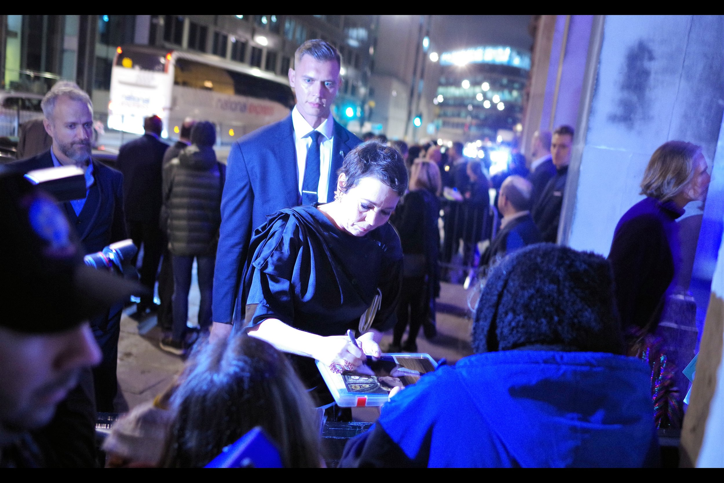 """I'm a left-hander, by the way. Enjoy this scrawl""  - actually Olivia Colman was very nice - signing for fans (and otherwise) on both sides of the entrance, as did Jodie Whittaker and (spoiler) the upcoming Jason Isaacs."