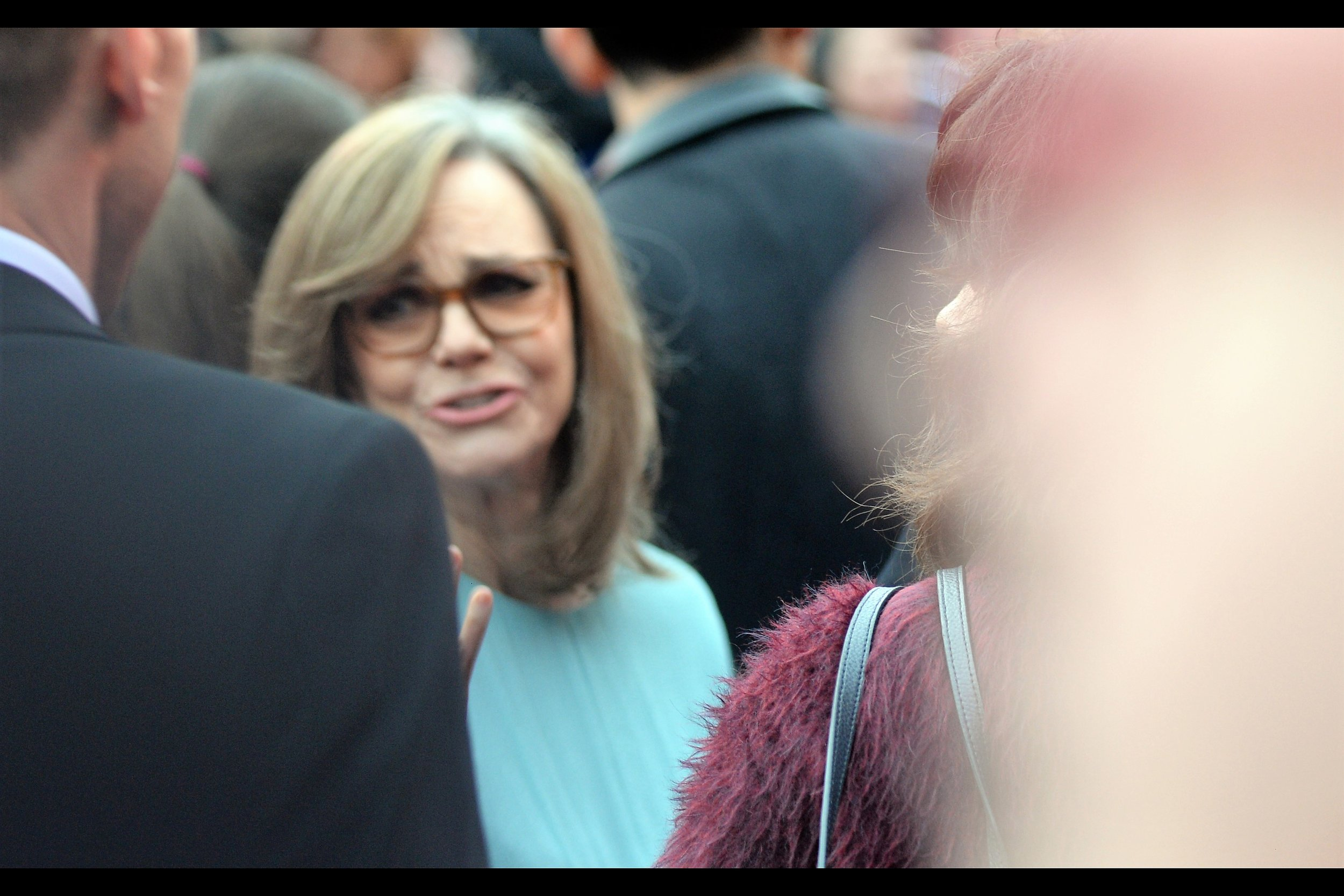 Unfortunately, one frame later the blurred head on the right moved left and blocked Sally Field just as she would have been in focus. Argh.