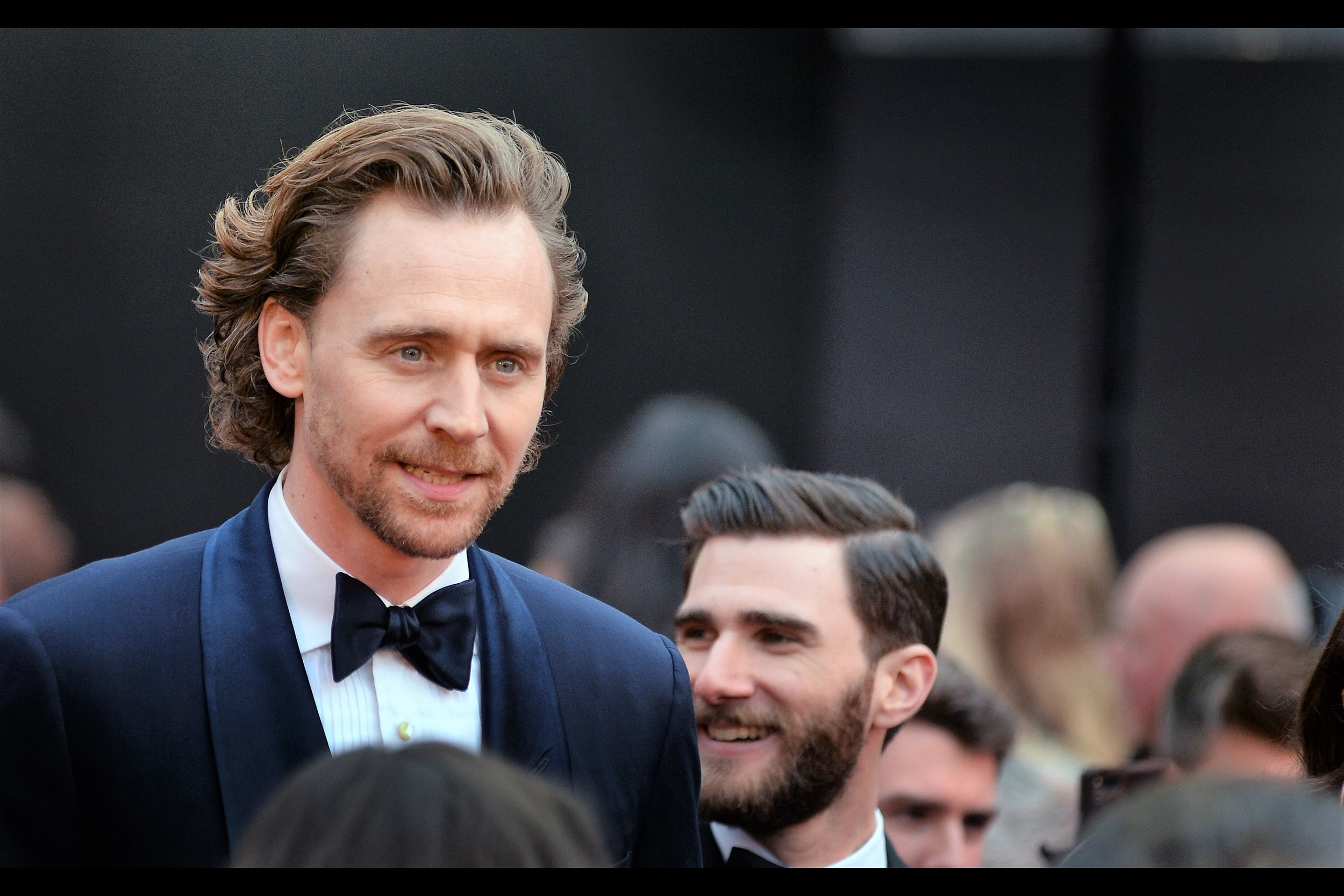 Tom Hiddleston used to have the power to ensure any journal I posted featuring his presence would get 5-10x more views than if they simply contained generically good looking people or Oscar winners. I'm not sure he still has that power, but the hairstyle's great, the focus is commendable, and in the absence of all else : he remains tall and thus easier to photograph than people shorter than he is.