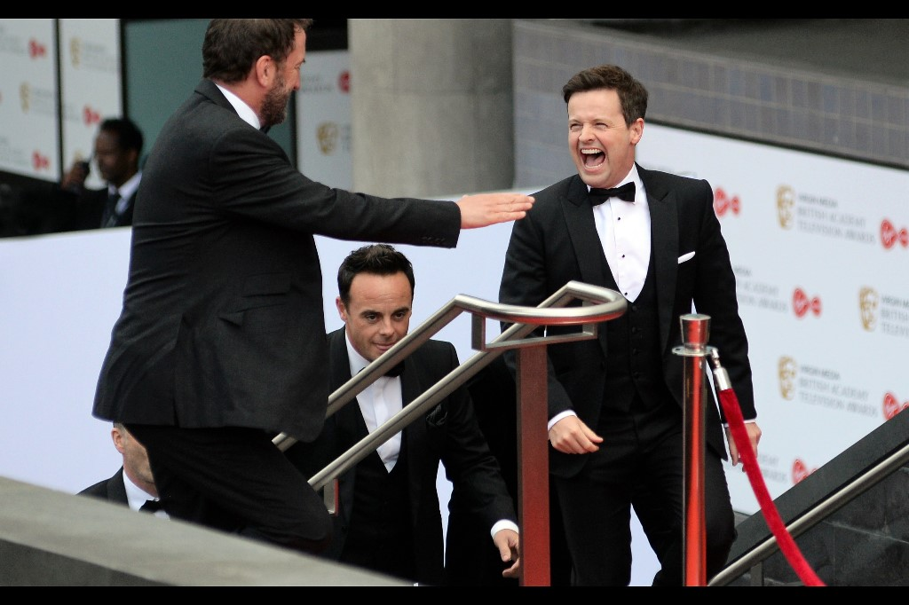 This is either Ant and Dec… or I've done the unthinkable and placed them in a picture in the wrong sequence. (edited to add : correct sequence!)