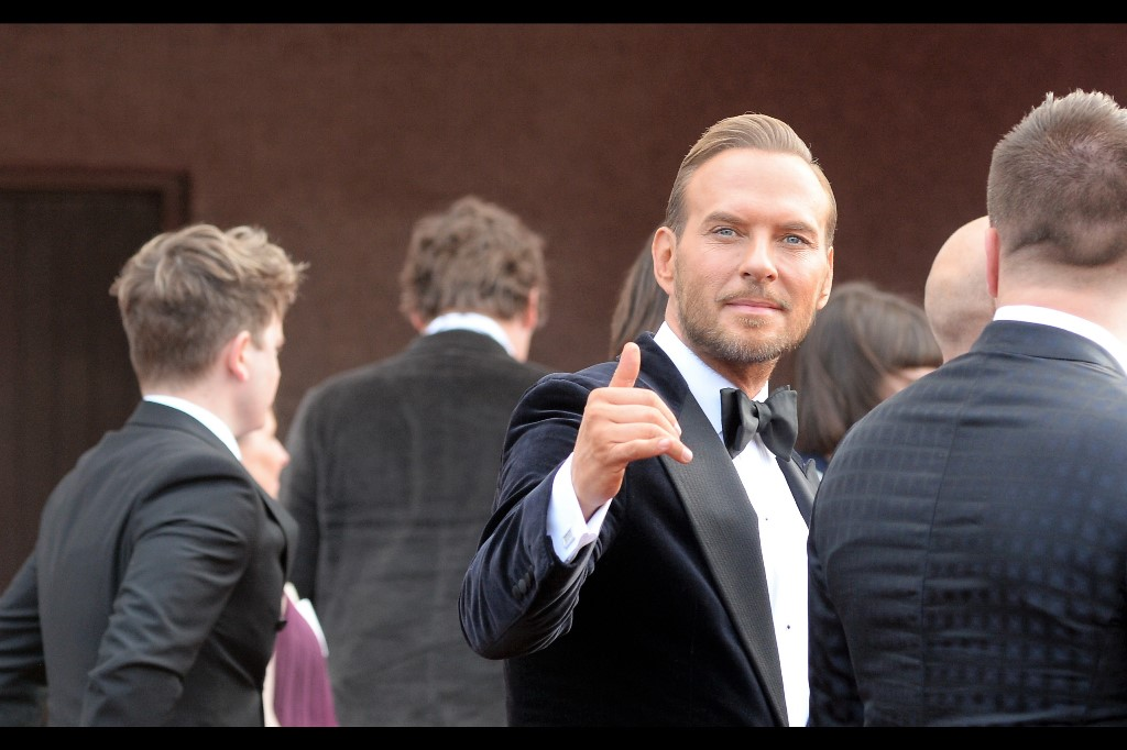 Matt Goss from BROS just endorsed my website!!! You know … in the sense that if there is any way I can claim that without being sued, I would do so.
