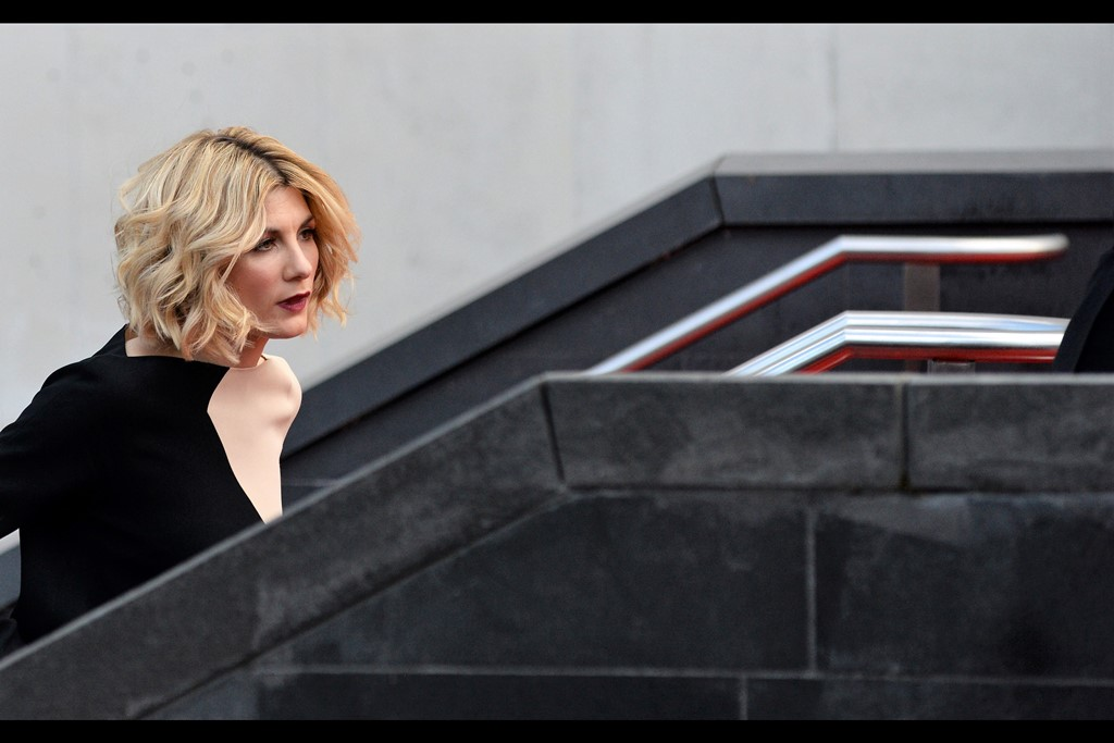 It took me a while to figure out that it's not a chiropractically significant warping of actress Jodie Whittaker's shoulder, but rather the beige/tan/skin-coloured section of a two-tone dress.