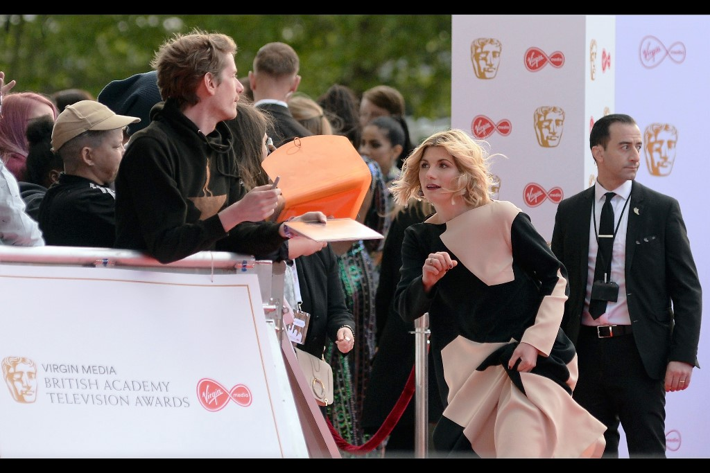 Meanwhile, it turns out Jodie Whittaker's dress is even more mathematically complicated than it first appeared. It's like one of those camouflage suits that doesn't blend into the environment, it just makes it impossible to discern a shape.