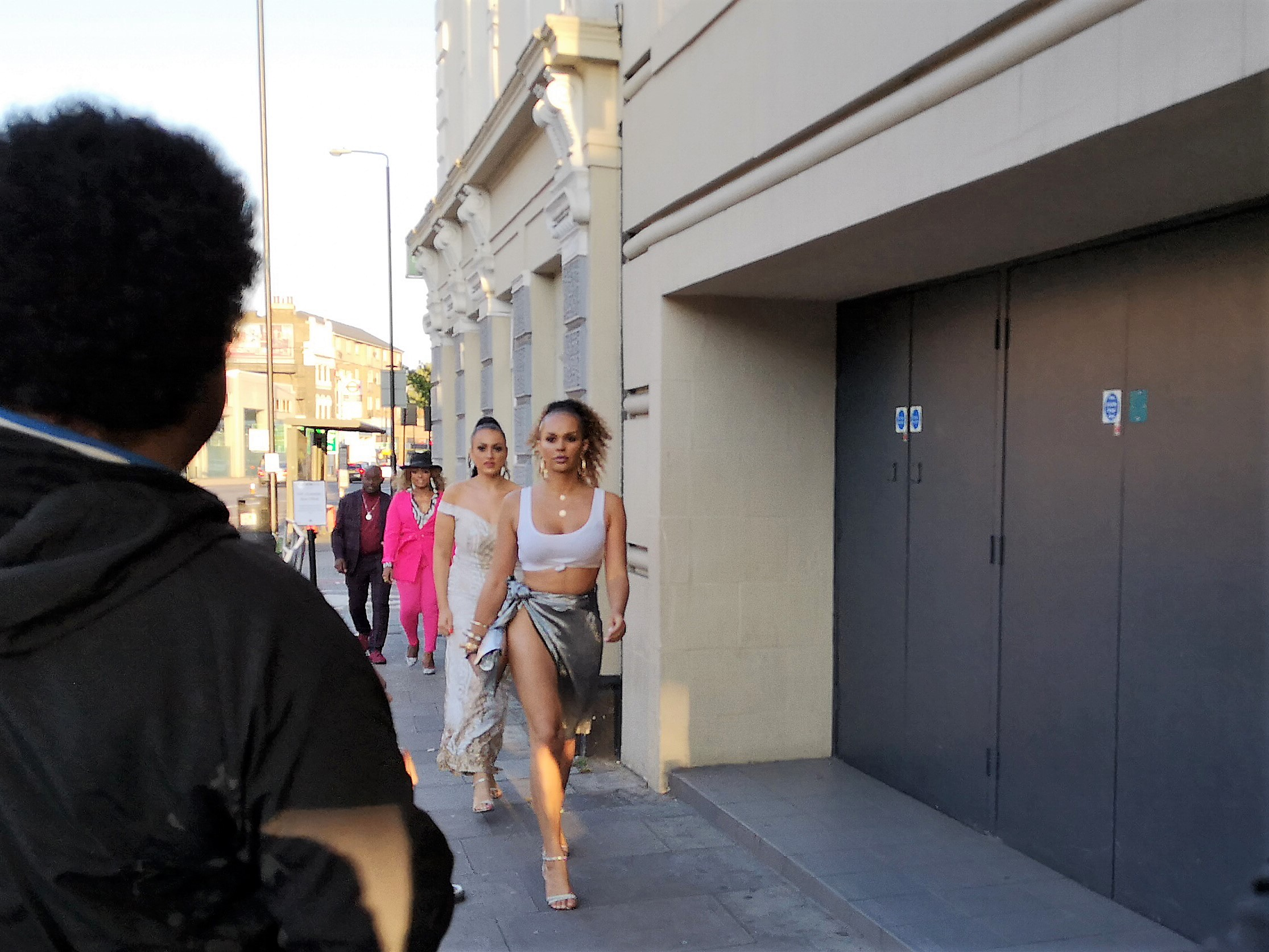 If you think I'm a guy who just takes photos of lightly dressed women walking down the street, I just want to say: Wireimage confirms she's famous, she's Talulah Eve, so it's okay.