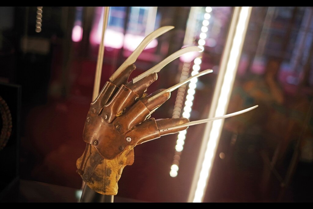 """Previous owner's feedback : """" Picking my nose became impossible without expensive subsequent plastic surgery…. """" Freddy Kruger's Glove from Freddy vs Jason (2003) : Estimate: £20,000 - 30,000 (winning bid : £30,750)"""