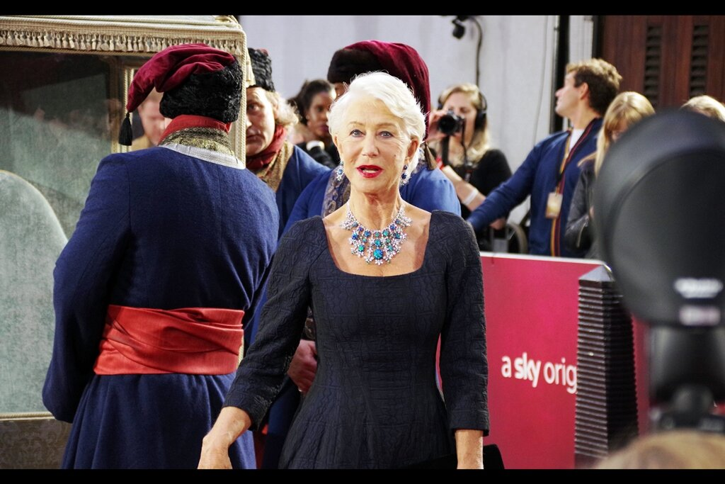 Helen Mirren and the Case Of Who Just Realised Who Owes Who Five Dollars….