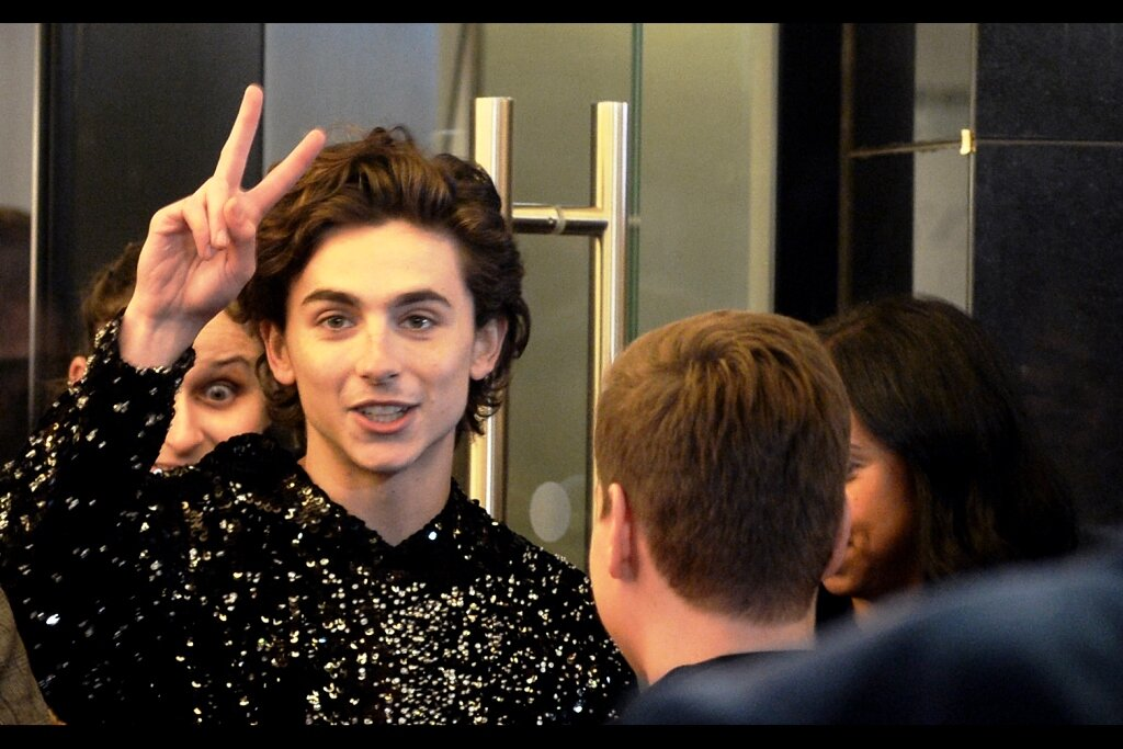 Certainly one of the most challenging recent premieres I've photographed :    'The King'        with Timothée Chalamet!