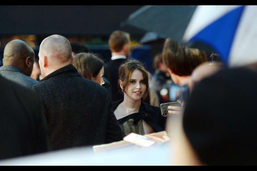 """""""It could never work between us - what with a sheet of cardboard separating us…..""""  Felicity Jones is best known for being … I kind of forget the name of the lead character in Rogue One….. Jinn? I think? But she was also in (and nominated for both a Bafta and Oscar for)      """"The Theory of Everything""""      - which Eddie Redmayne also starred in (AND won the Bafta and Oscar for)."""