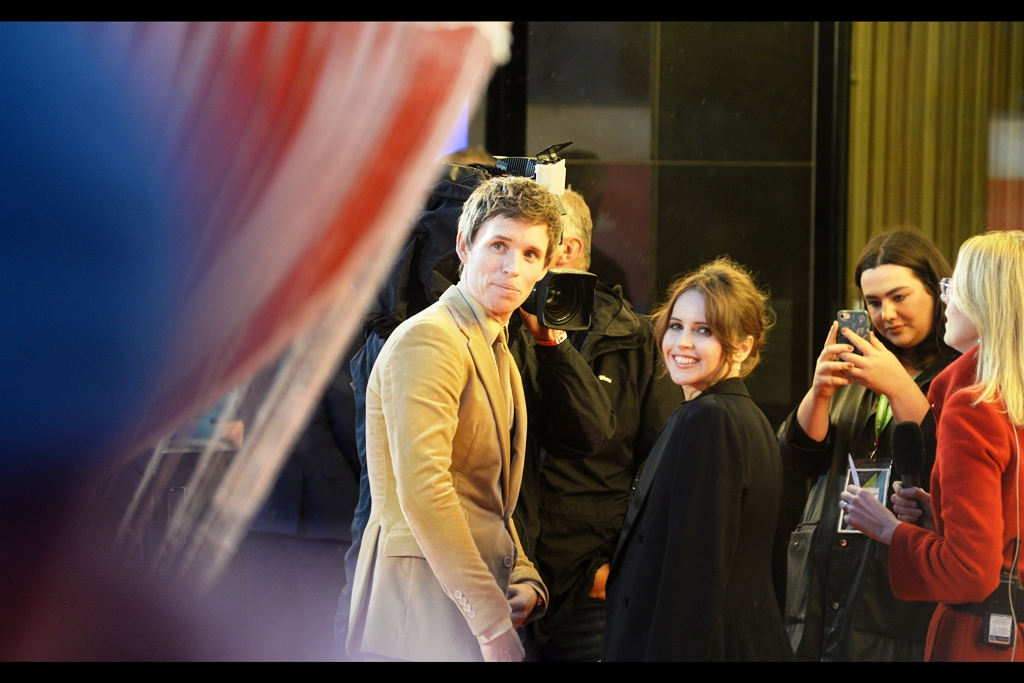 Although Eddie Redmayne and Felicity Jones were interviewed near where I stood, it was with their backs facing the crowd. Fortunately, the fans near me all shouted out for them to turn around (perchance to come over and sign, as ours was a pen neither had signed for)