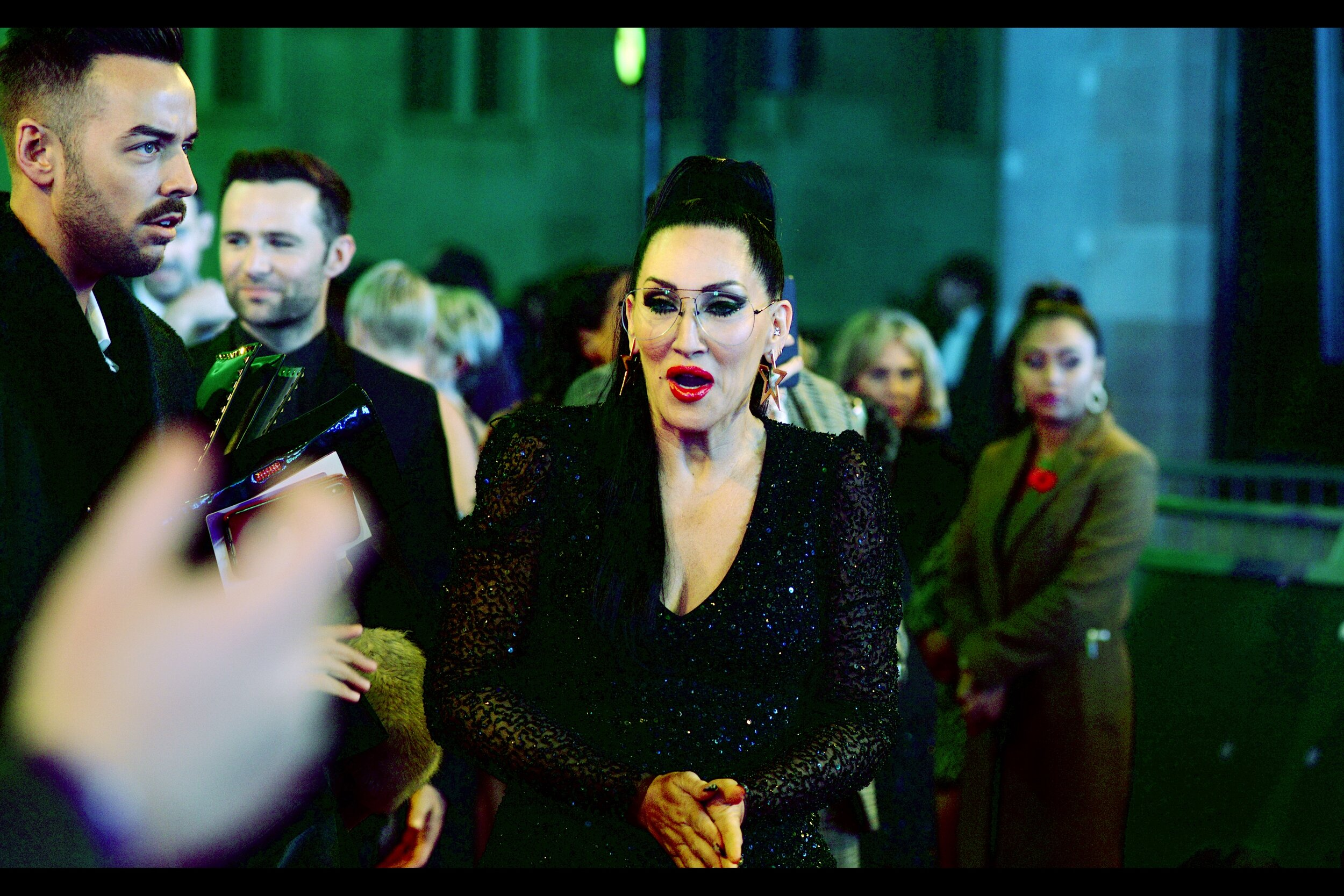 """Michelle Visage. Based purely upon her answer of  """"Paso Doble""""  to a question asked by an autograph dealer next to me, I'm going to assume she's from the world of Dancing. Please don't ask me how I could possibly know this, as the answer involves a flashback to over a decade ago and Chris Hemsworth, and a part of my life I don't presently wish to recall."""
