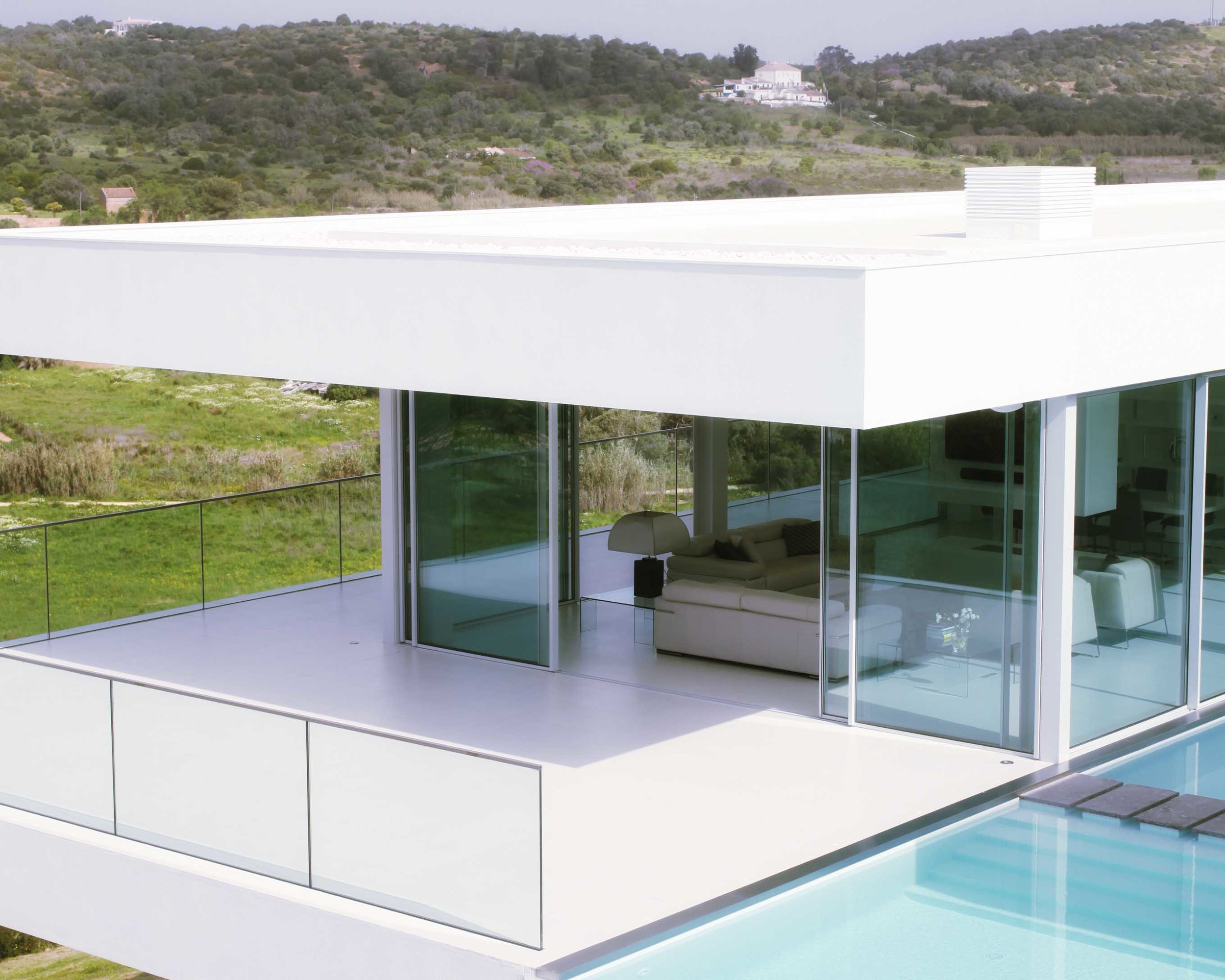 Glass house50.jpg