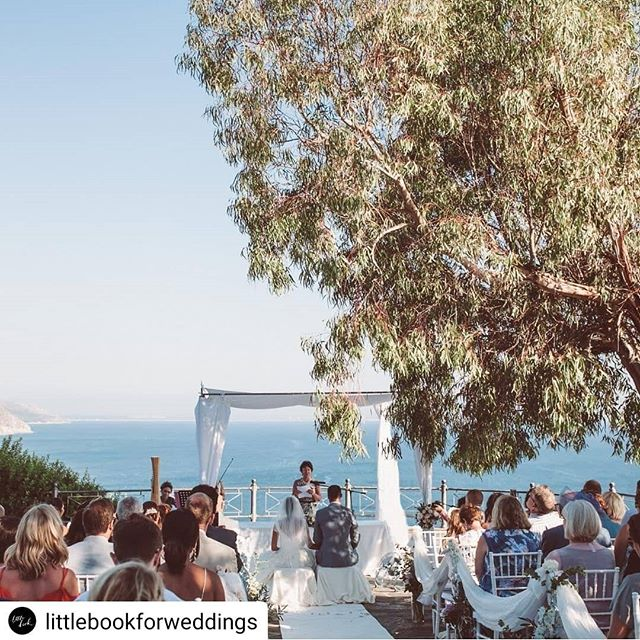 Lovely surprise to be mentioned in the little book for weddings 💕  #Repost @littlebookforweddings • • • • • This is one for all of you looking for an Italian wedding venue. @il_faro_wedding is a family-run venue offering personal touches and the highest level of service, to ensure you have the most special day in a breathtaking setting on top of the Calabrian cliffs. Breathtakingly beautiful. ⠀⠀⠀⠀⠀⠀⠀⠀⠀ lovemydress.net/il-faro ⠀⠀⠀⠀⠀⠀⠀⠀⠀ #ilfaroweddings #weddingvenueinspo #littlebookforweddings #Italianweddingvenue #destinationwedding #calabria #fineartwedding #capovaticano