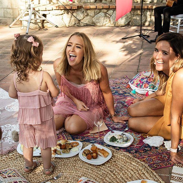 Having fun on the magic carpet #magiccarpet #happytimes #allthefun #destinationwedding #italianwedding #laughter #sunnydays #capovaticano #calabria #abracalabria