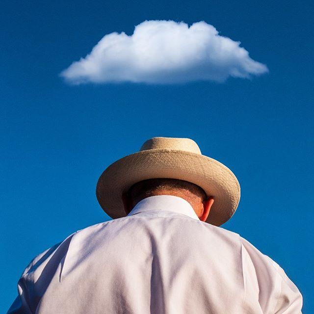 Cloud 9 #cloudnine #☁️ #onecloudinthesky #allthefun #destinationwedding #italianwedding #laughter #sunnydays #capovaticano #calabria #abracalabria